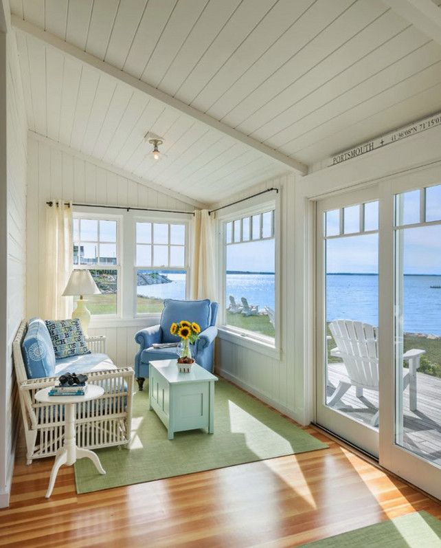 Choosing the perfect sunroom for your house north view for Beach cabin designs